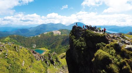 アクティブな登山を体験「日光白根山」